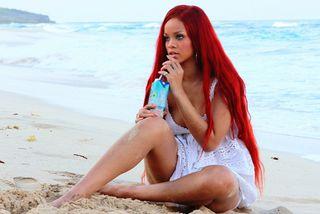 Rihanna051111